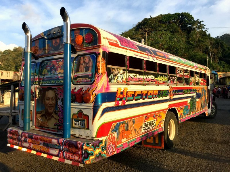 Panama with kids: Diablo Rojos buses, portobelo
