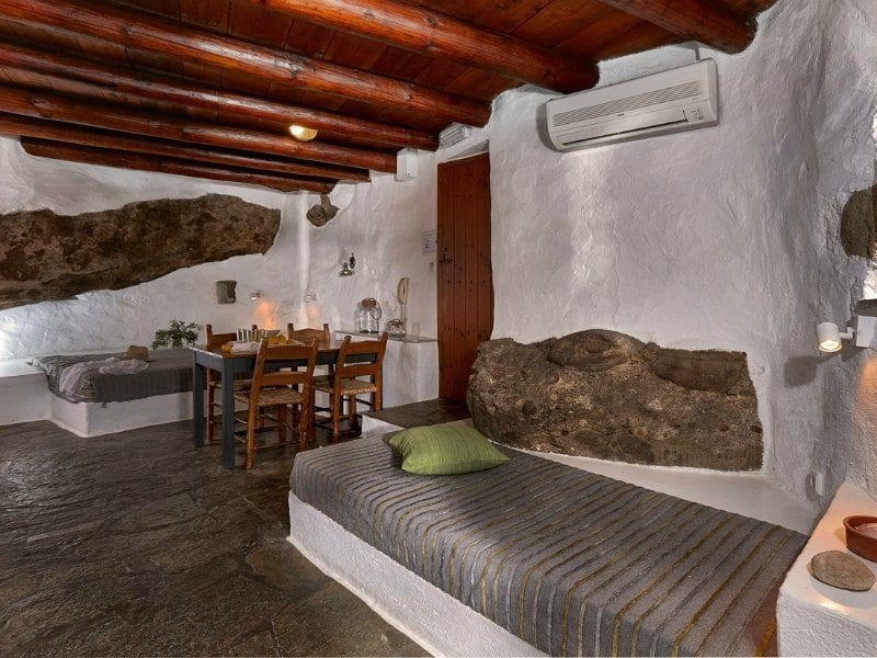 child-friendly hotels in crete: White River Cottages, Makrýgialos