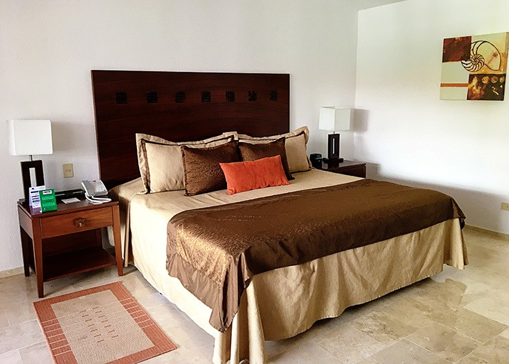 The Royal Resort Cancun Family Hotel