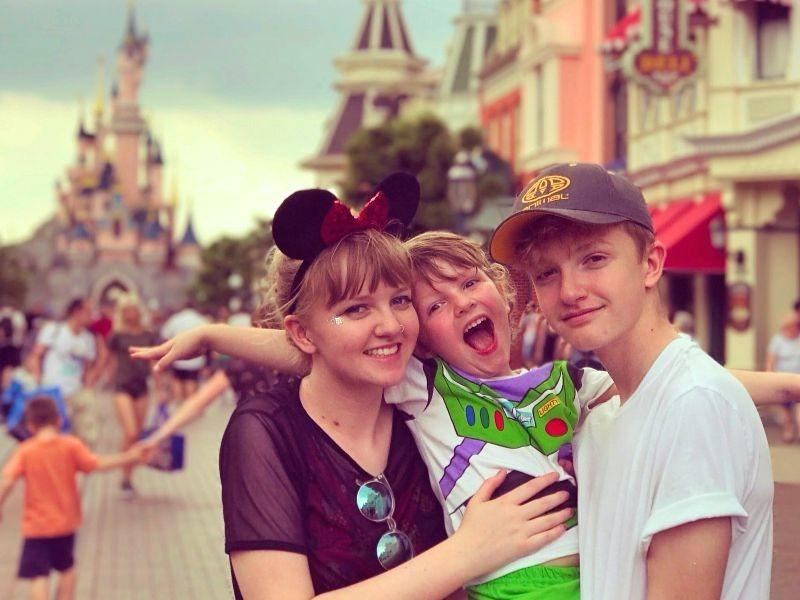 Top family travel bloggers