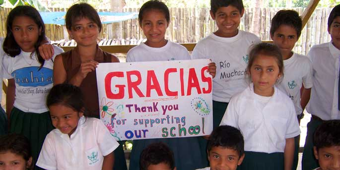 School kids in Ecuador say thanks to Pack for a Purpose.