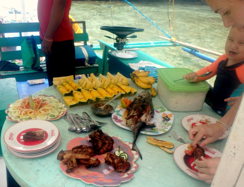 Where to eat in El Nido. The Philippines with kids