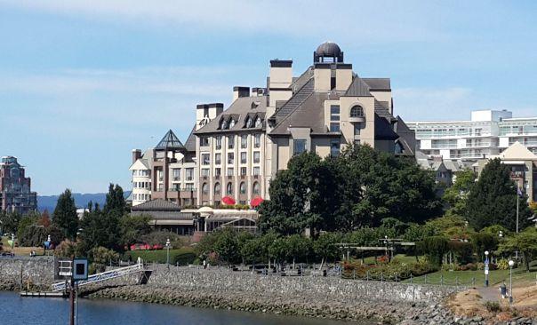 Family Hotel Review: Delta Pointe Resort Victoria, Vancouver Island, Canada