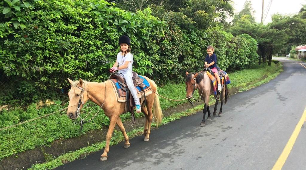 Horse riding el valle