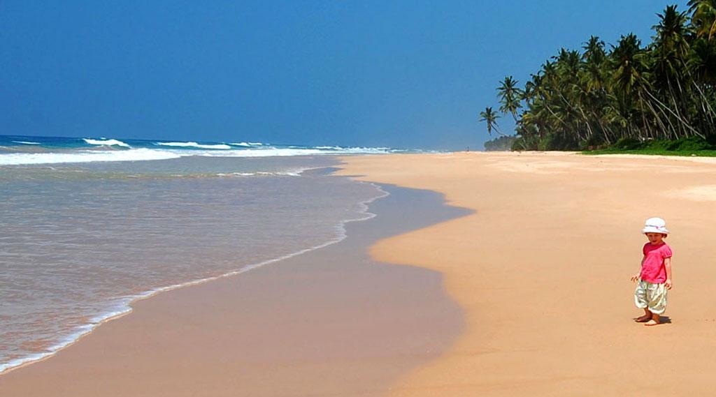 Sri Lanka Family Holiday beach