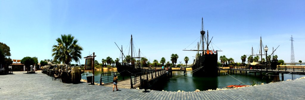 The replica caravels of Santa Maria, La Niña and La Pinta - The boats of Christopher Columbus.