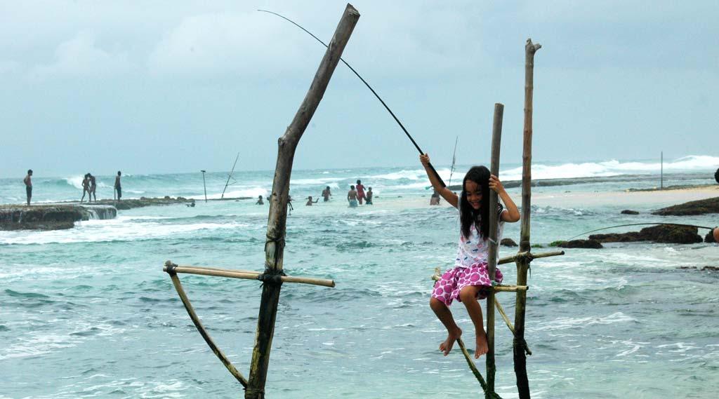 Sri Lanka Family Holiday Unawatuna beach