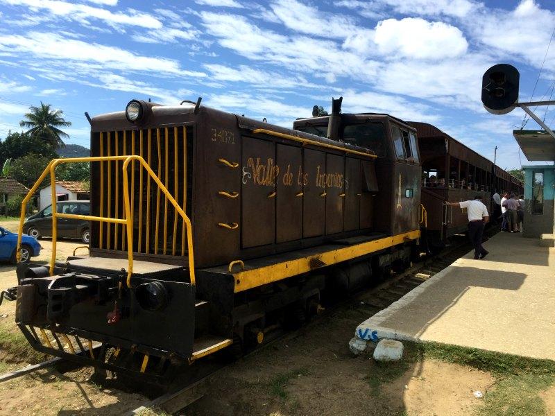 Valle de los ingenios train