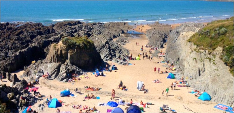 Activities in North Devon for kids: Woolacome Beach