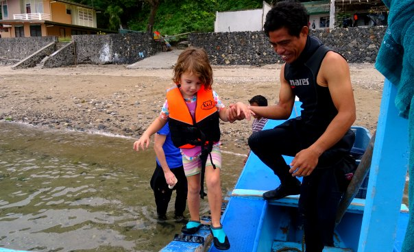 dive master and child
