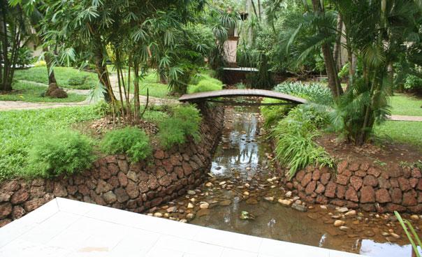 footbridges & streams