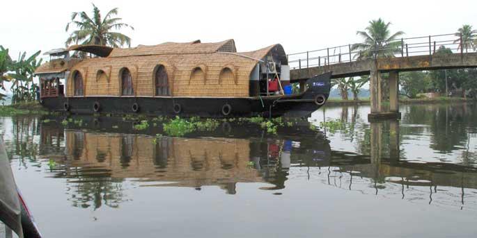 a traditional Keralan houseboat