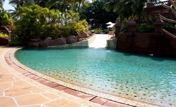 Park Hyatt Goa: pool & slide