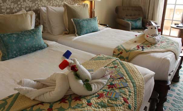 Towel sculptures for kids!